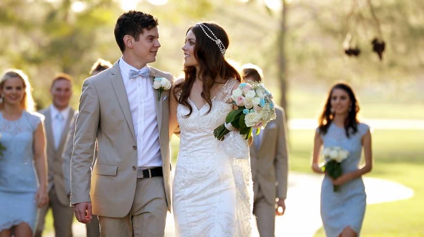royal pines resort wedding photo 10